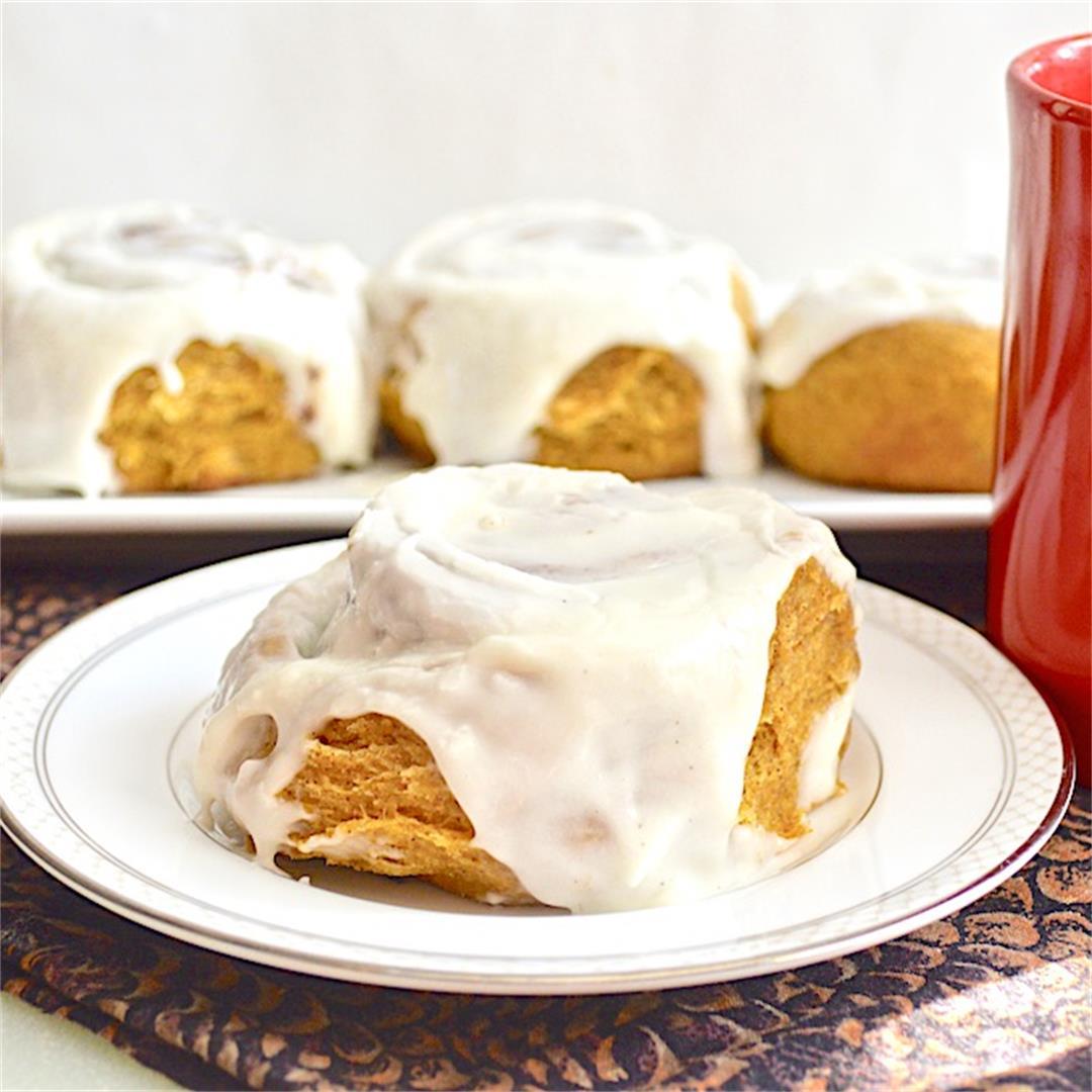 Pumpkin Spiced Cinnamon Rolls