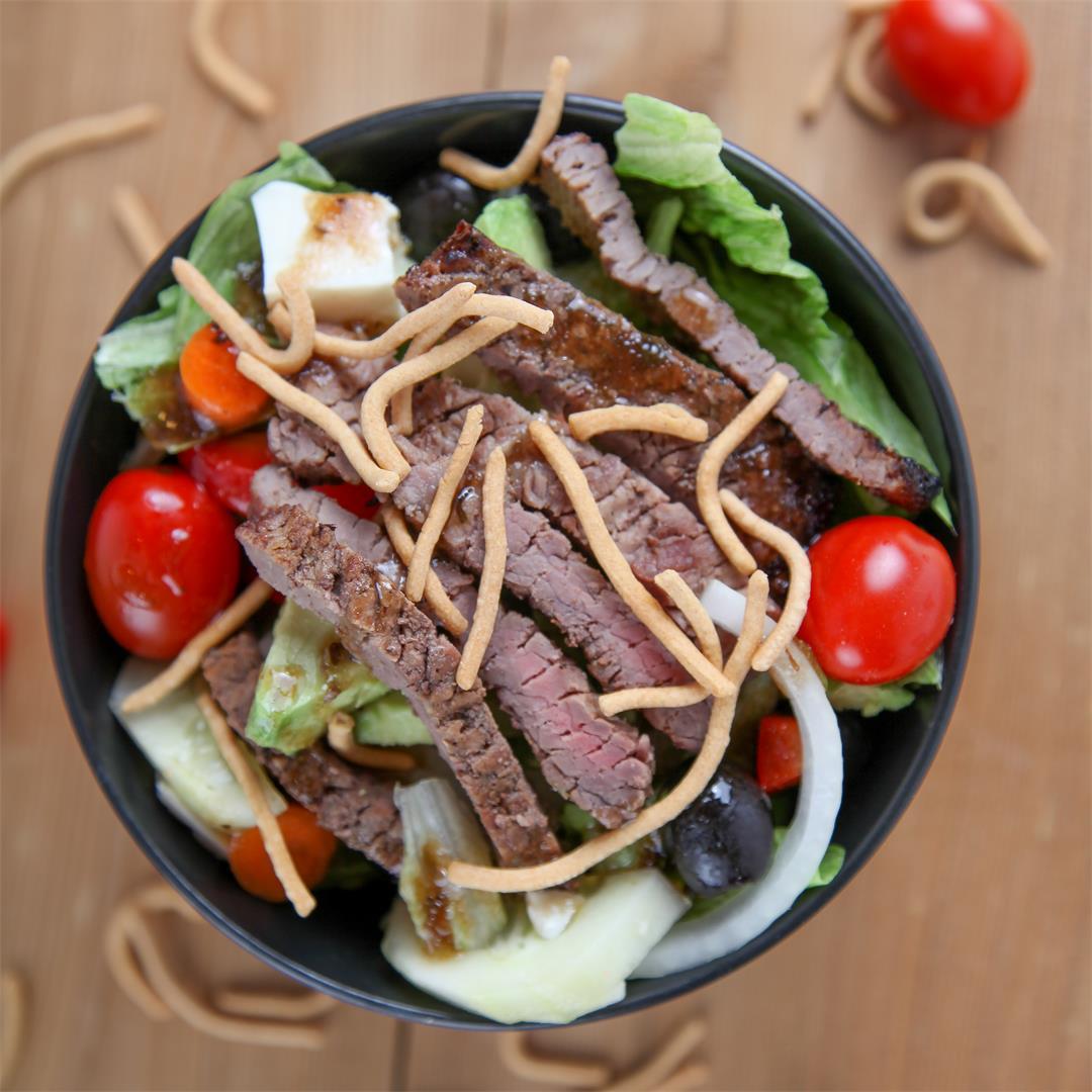 Pepper Crusted Steak Salad