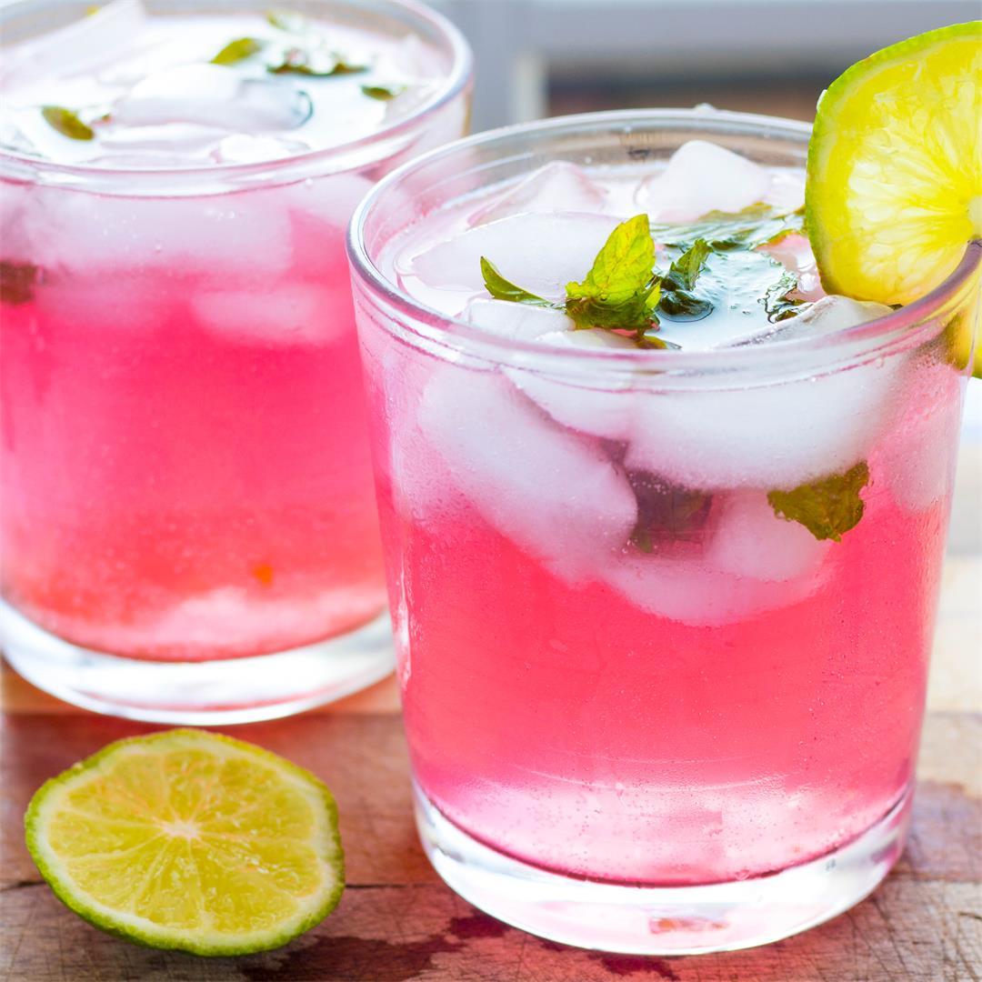 Skinny Raspberry Lemonade Mojitos