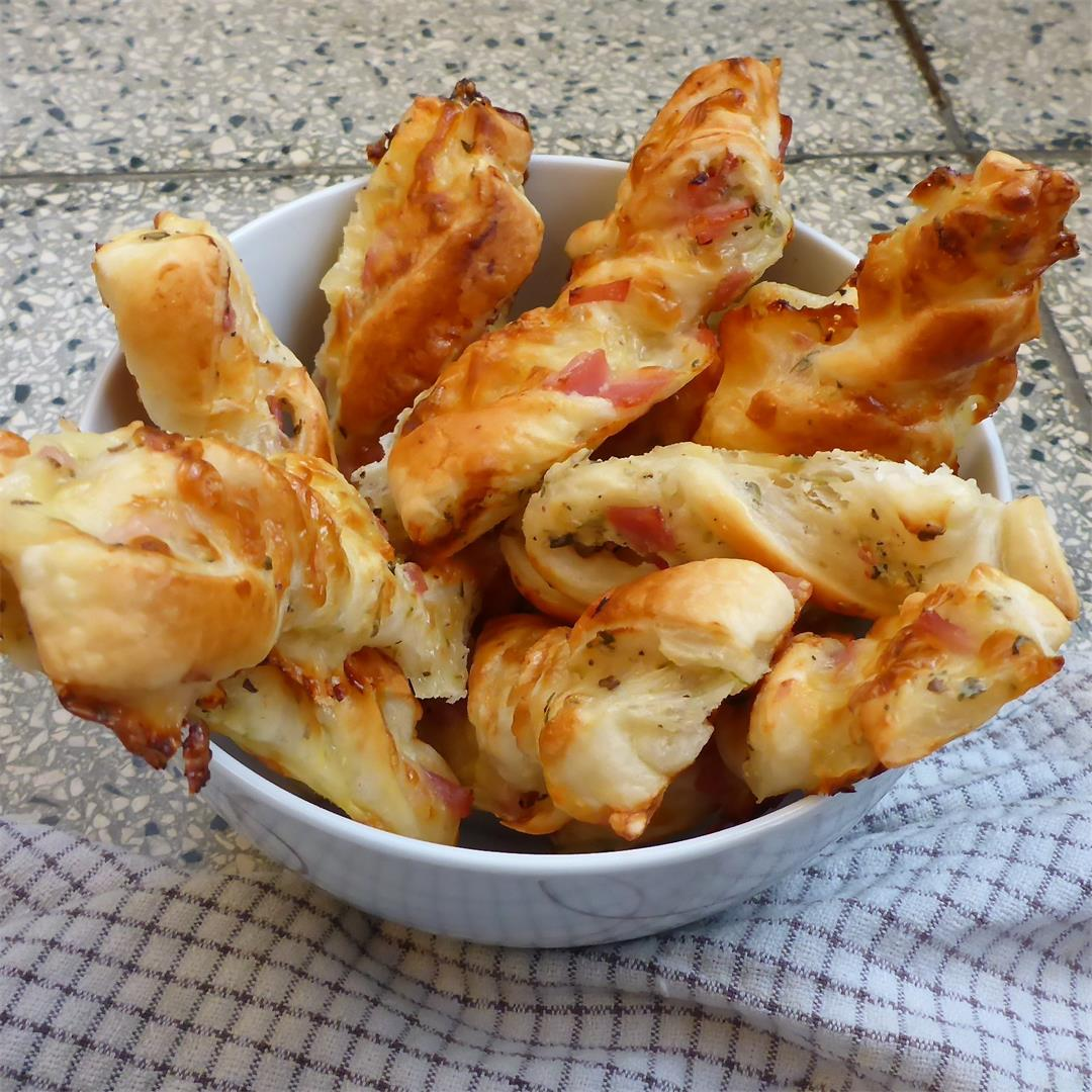 Easy peasy ham and cheese pastry sticks recipe!!