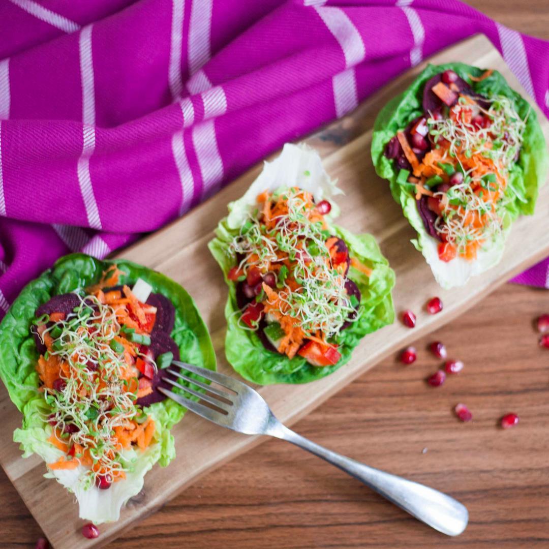 Raw Beetroot Salad Gondolas (Lettuce Wraps)