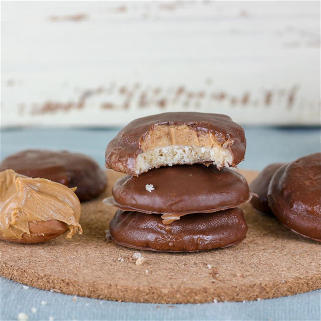 Tagalong Girl Scout Cookies (Copycat Recipe)