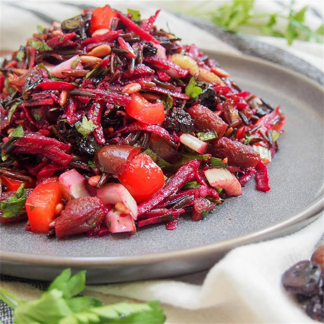 Wild rice salad with dried fruit