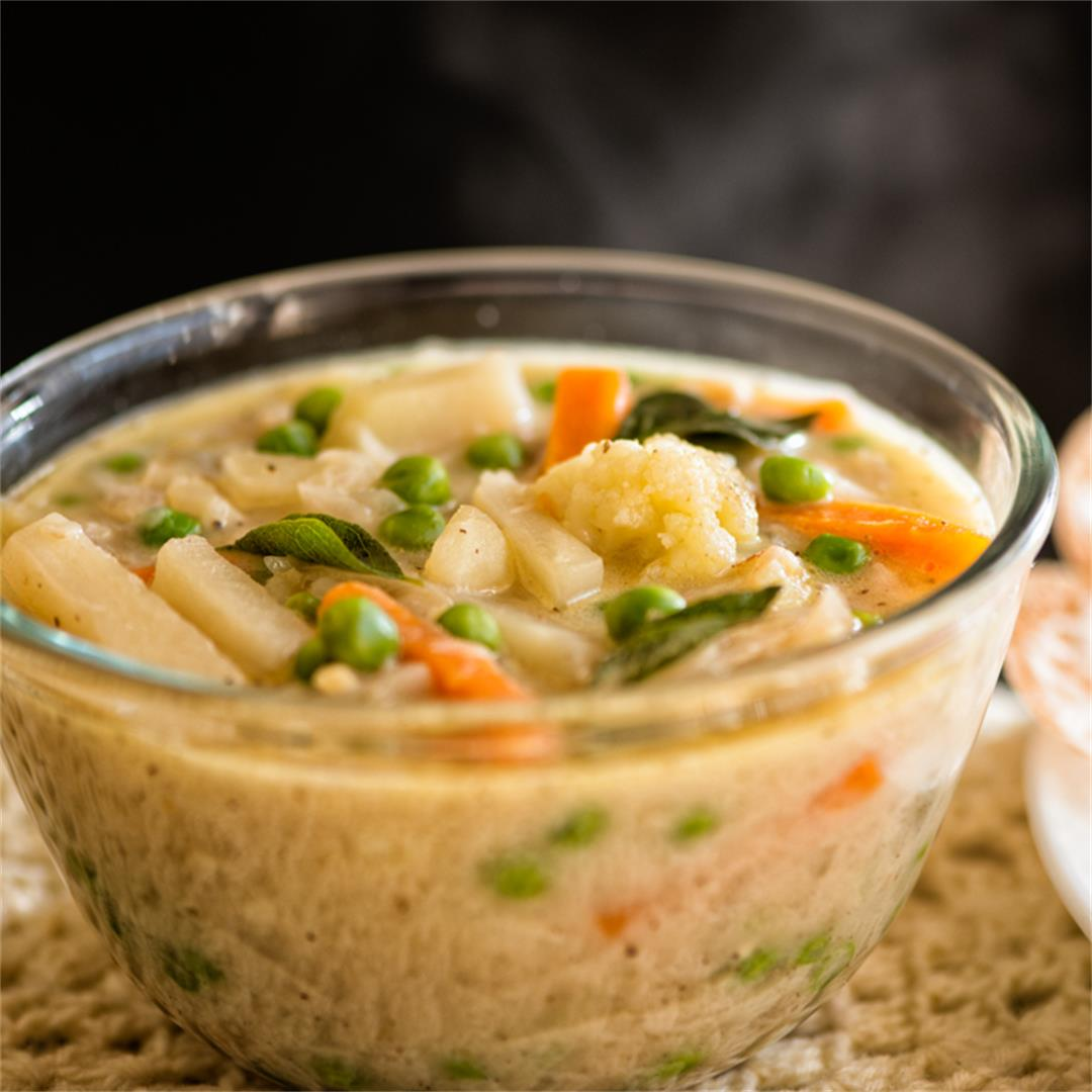 vegetable stew / vegetables in coconut gravy