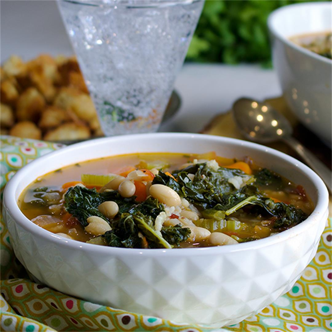 White Bean and Kale Soup with Wild Rice and Tomatoes