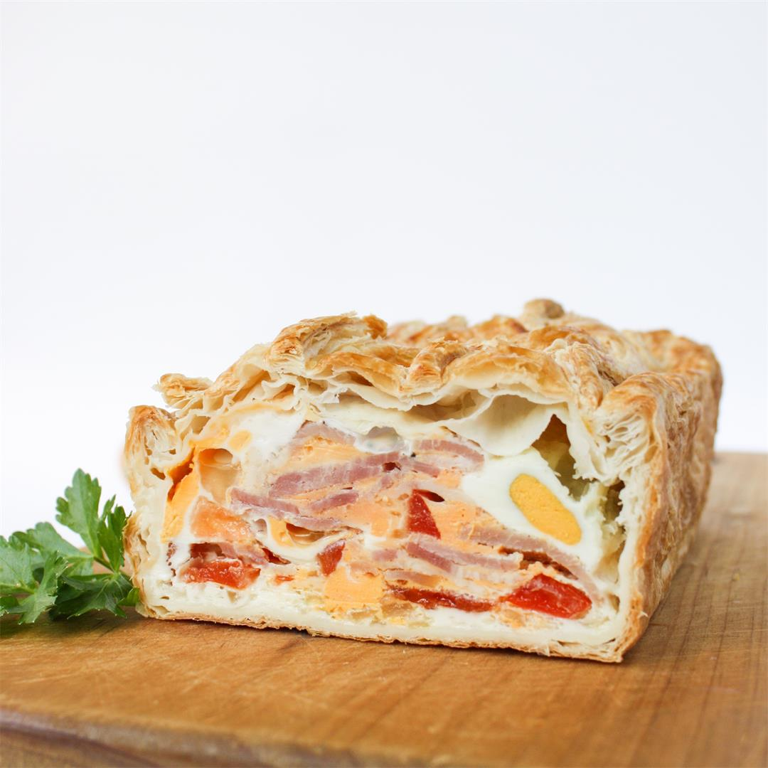 Bacon and egg pie - perfect for picnics!