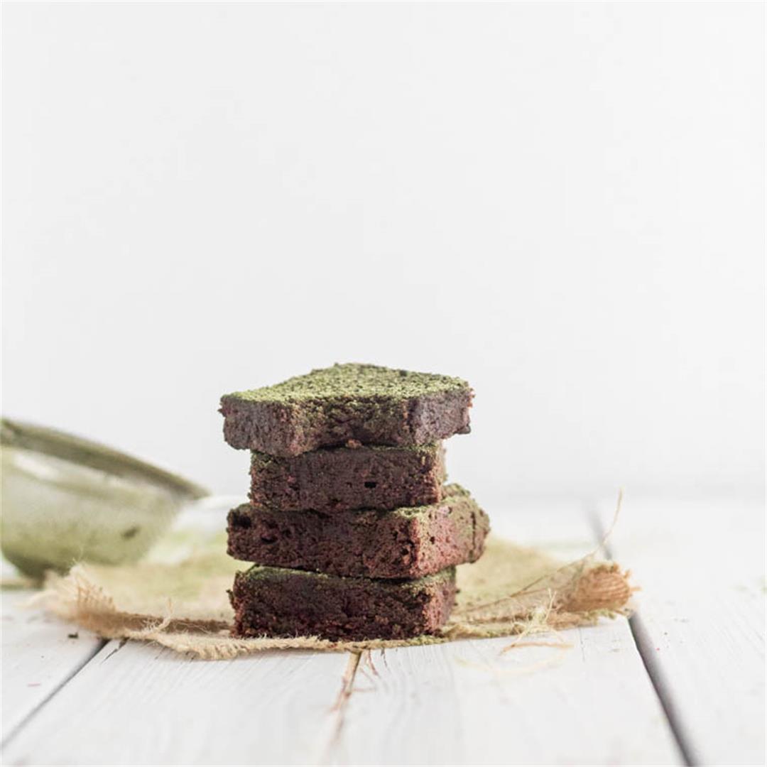 Dark Chocolate Cake With Matcha