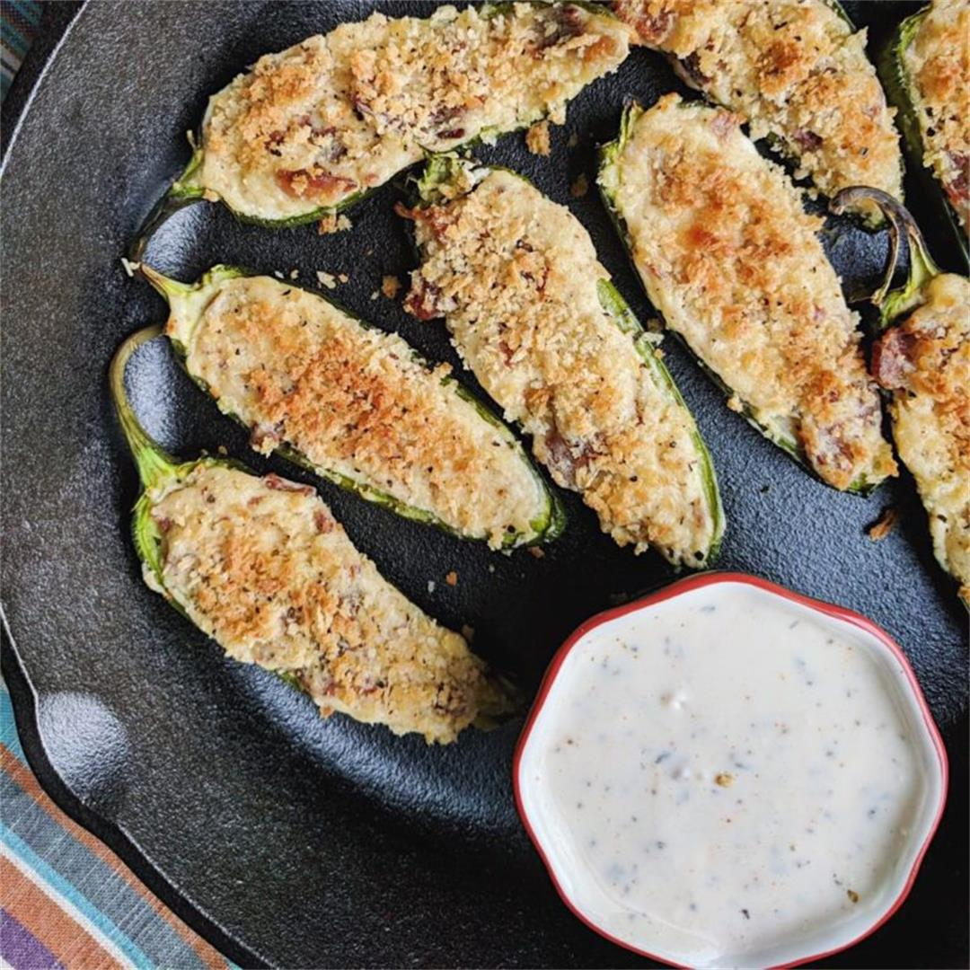 Healthy Roasted Garlic and Bacon Jalapeno Poppers!