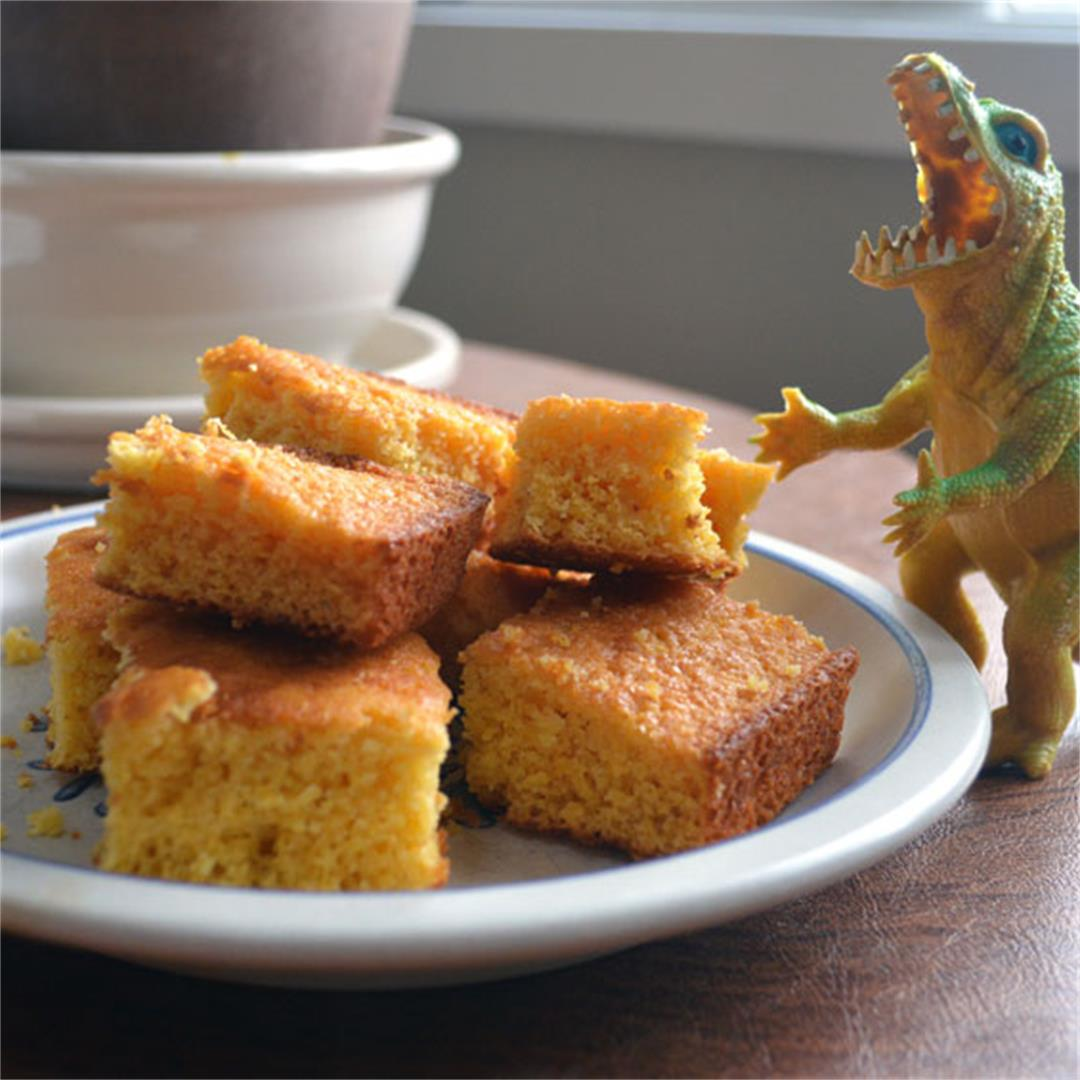 Giant Cornbread for a Crowd