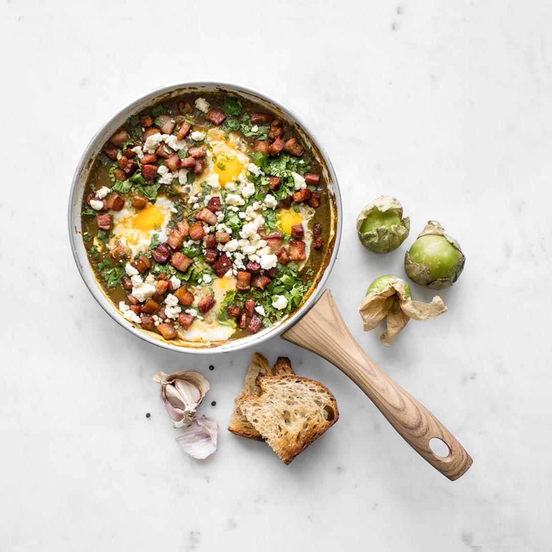 Green Shakshuka with Bacon and Tomatillo Sauce