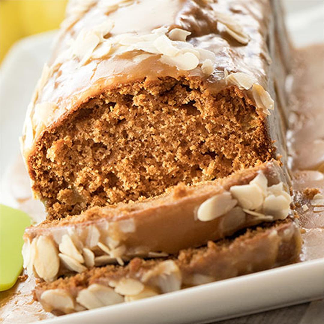 Caramel Apple Bread with Cinnamon And Nutmeg