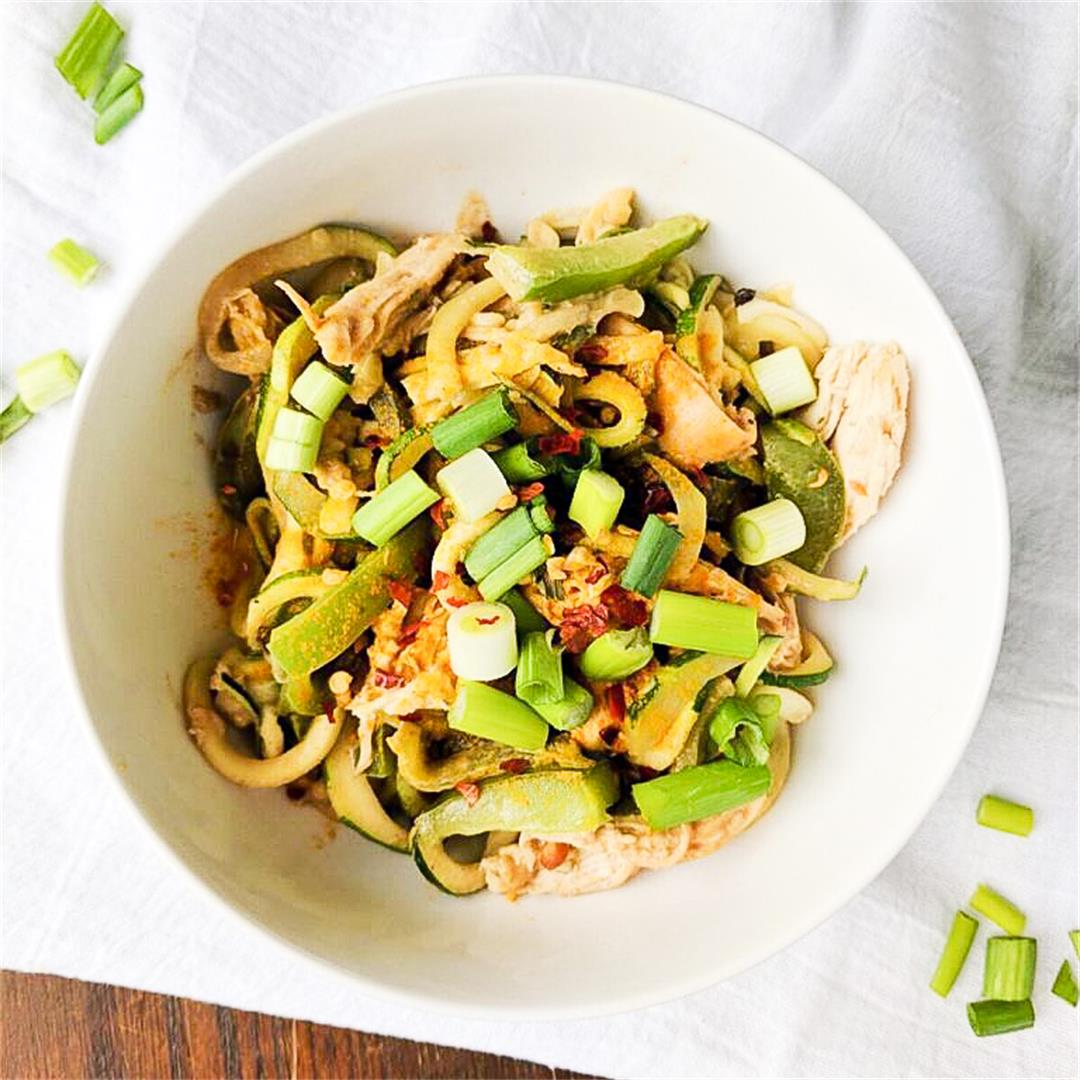 Healthy Pad Thai with Zucchini Noodles!
