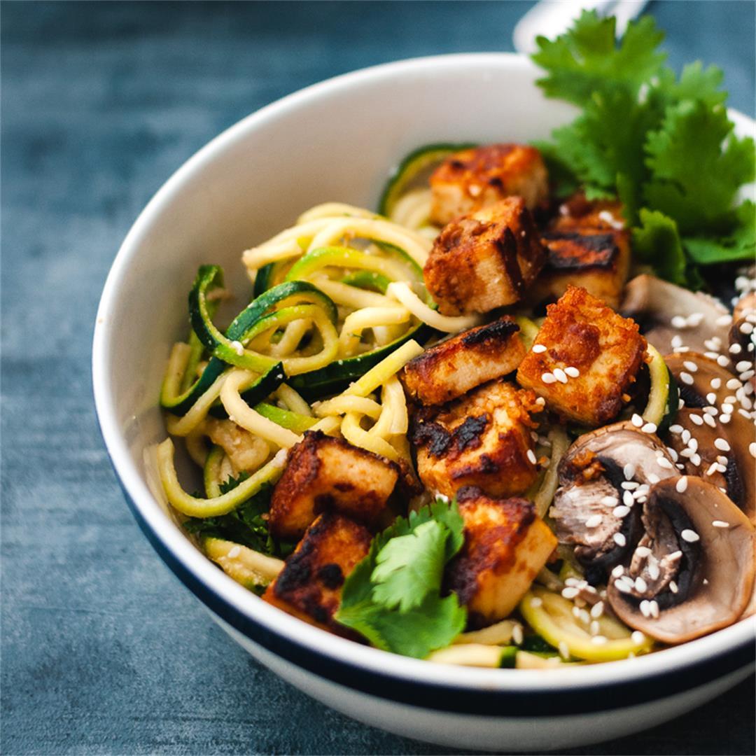 Spicy Cashew Zucchini Noodles