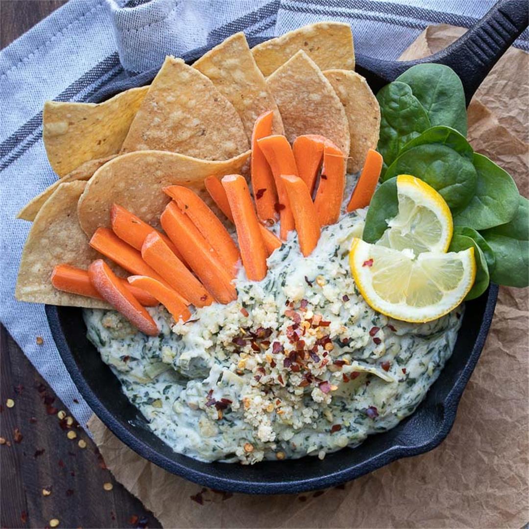 Healthy Vegan Spinach Artichoke Dip