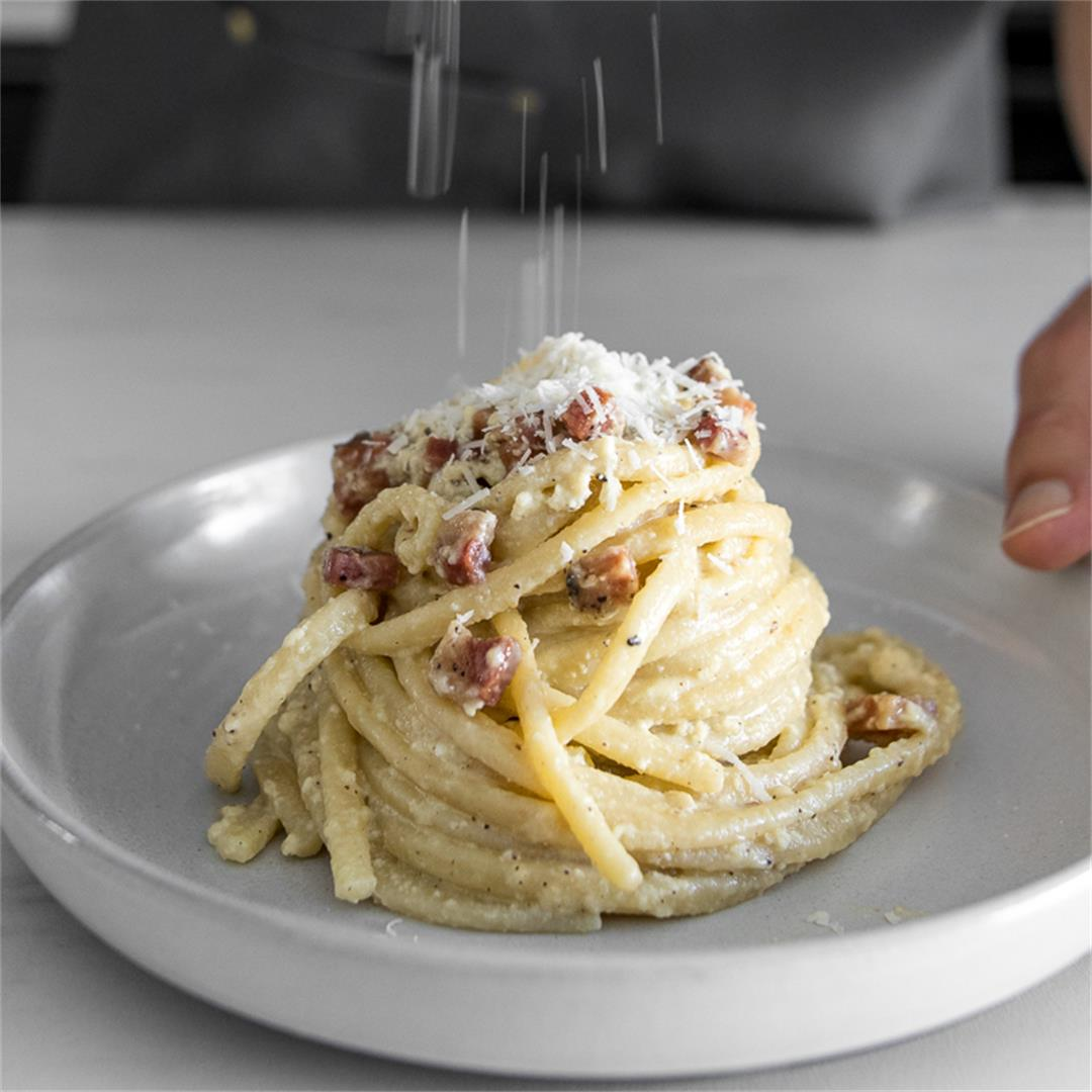 Classic Creamy Carbonara with Pancetta