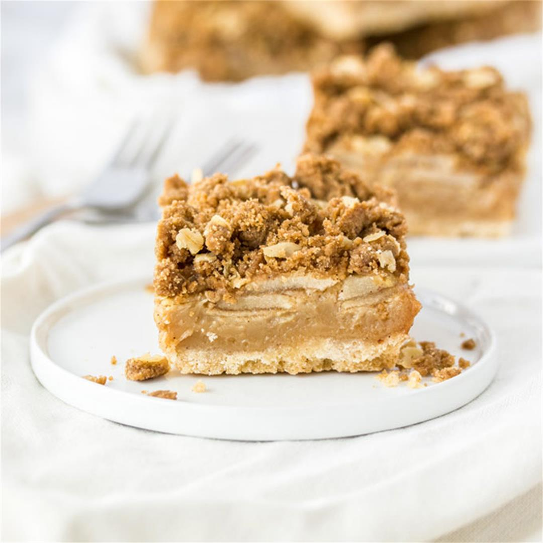 Caramel Apple Bars with Easy Crumble Topping