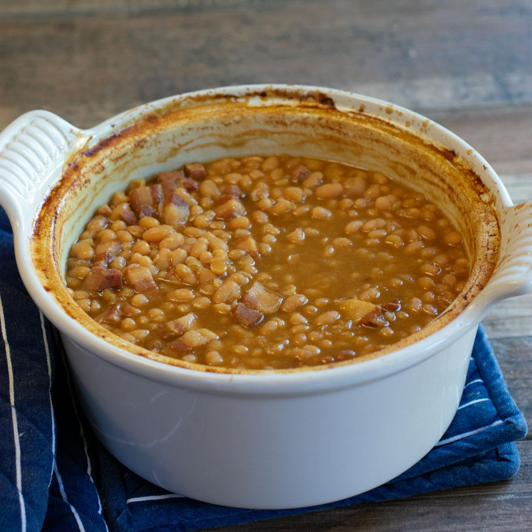 Old-fashioned & Homemade Boston Baked Beans