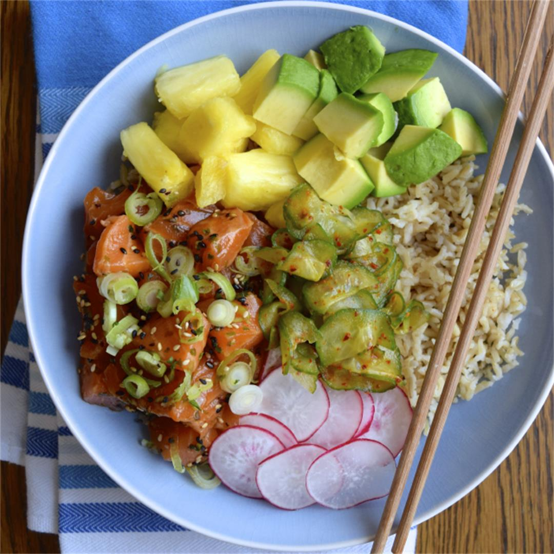 How To Make An Easy Salmon Poke Bowl