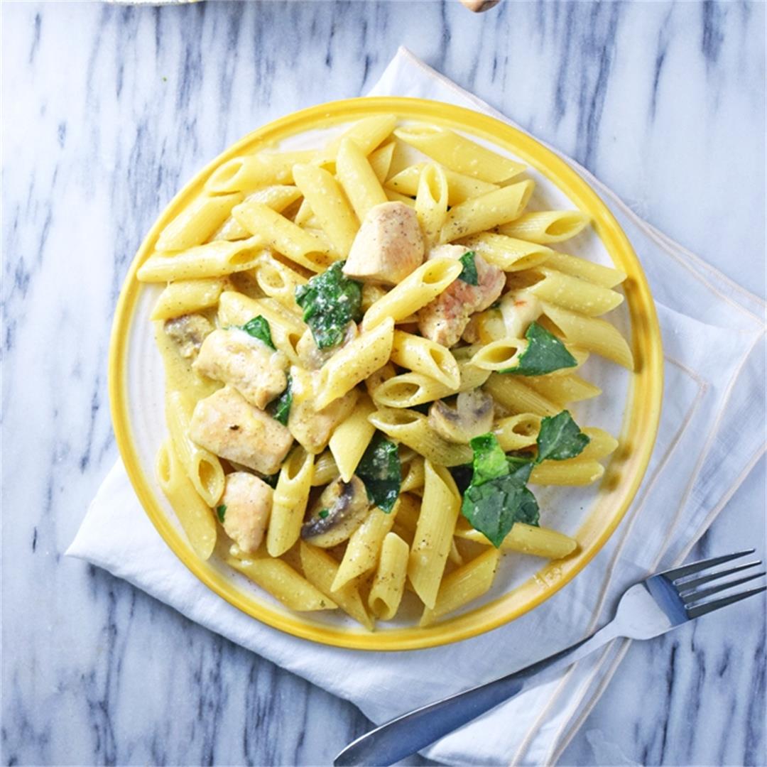 One-Pot Creamy Spinach Chicken Pasta