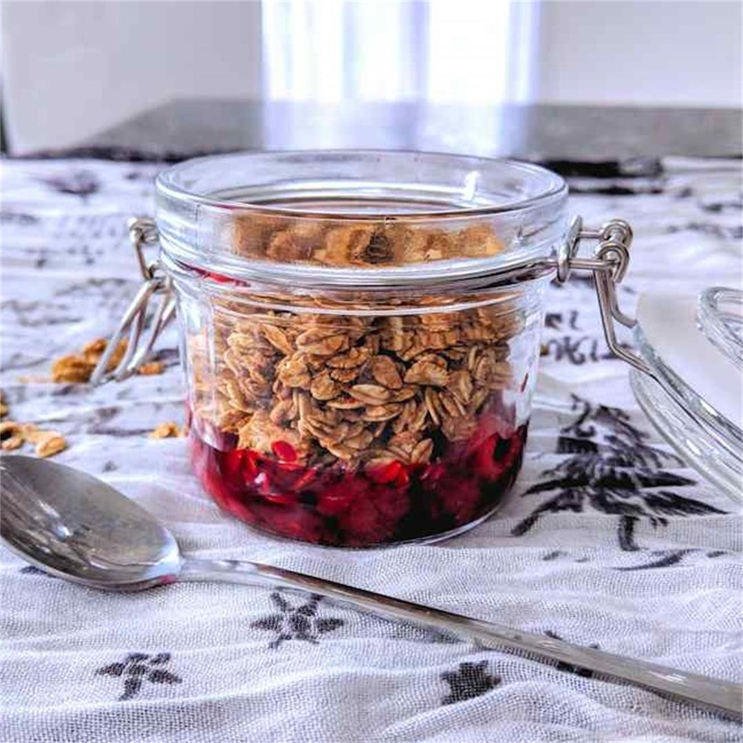 Toasted oats with fruit compote.