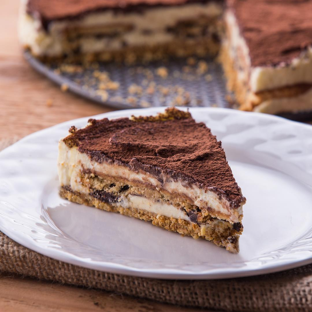 Chocolate With Marie Biscuits and Mascarpone Cream Cake