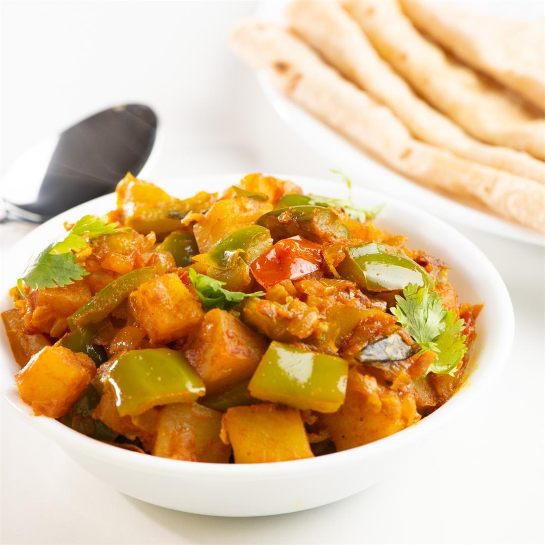 Potato Capsicum Masala/ Aloo Shimla Mirch Masala