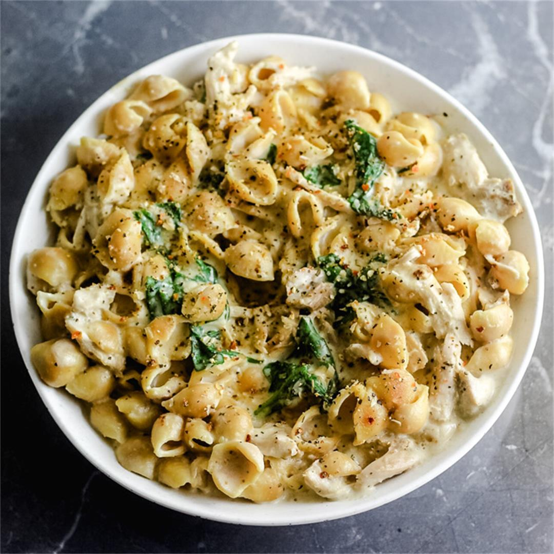Roasted Garlic Chicken Alfredo Chickpea Pasta