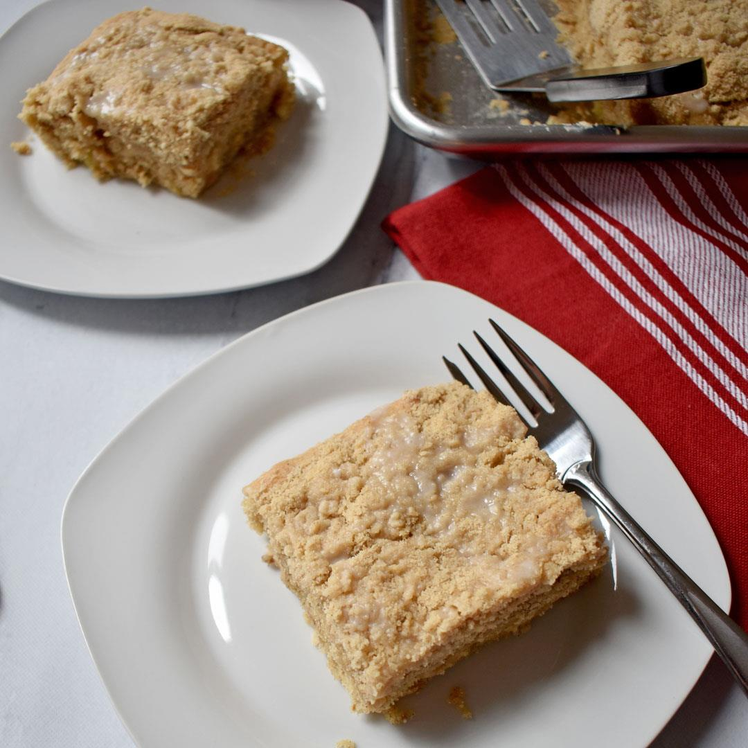 Apple Walnut Crumb Cake {Gluten Free}