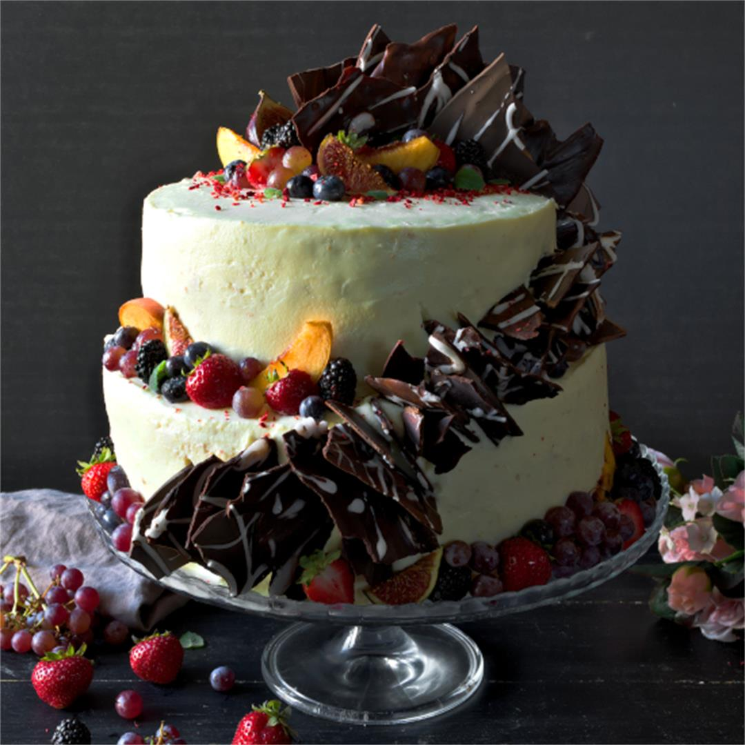 Peach cake with cream cheese frosting - 2 tier cake