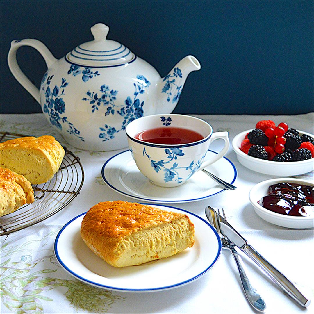 Classic Vanilla English Scones