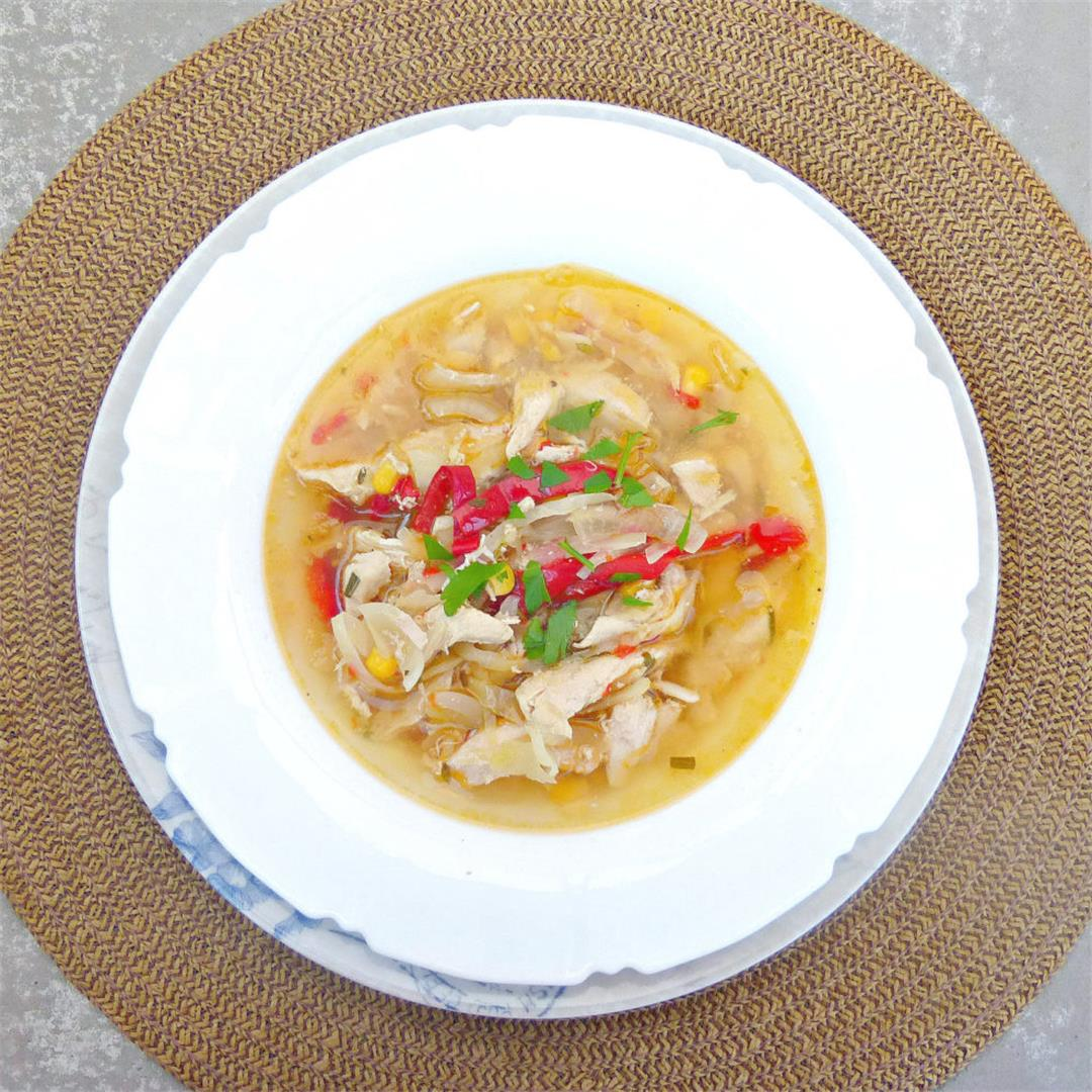 Chicken, Sweetcorn and Cabbage Crockpot Soup