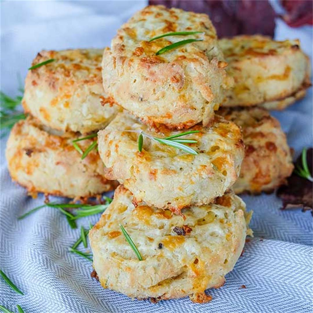 Cheese & Rosemary Buttermilk Biscuits (Gluten-Free)