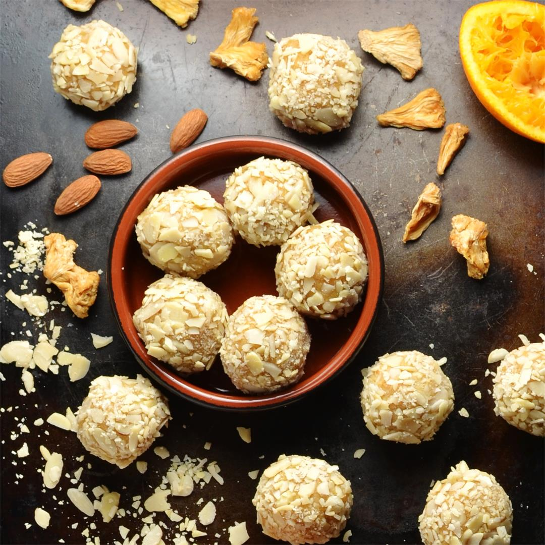 4-Ingredient Protein Energy Balls with Quinoa and Pineapple