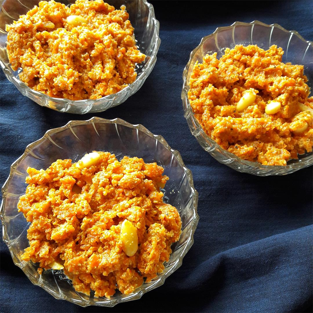 Carrot Almond Pudding- Gajar Halwa