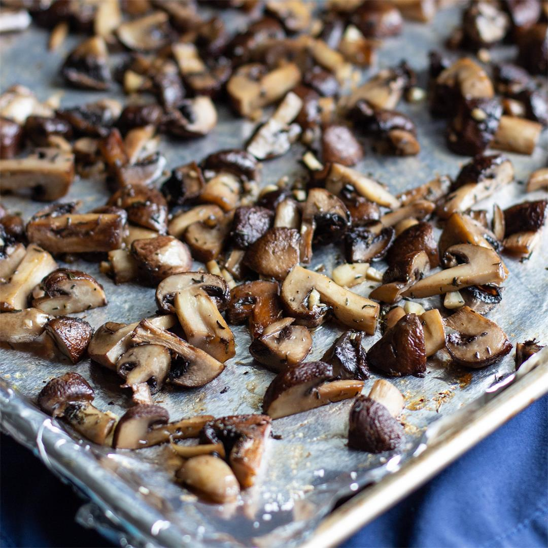 Garlic and Thyme Roasted Mushrooms