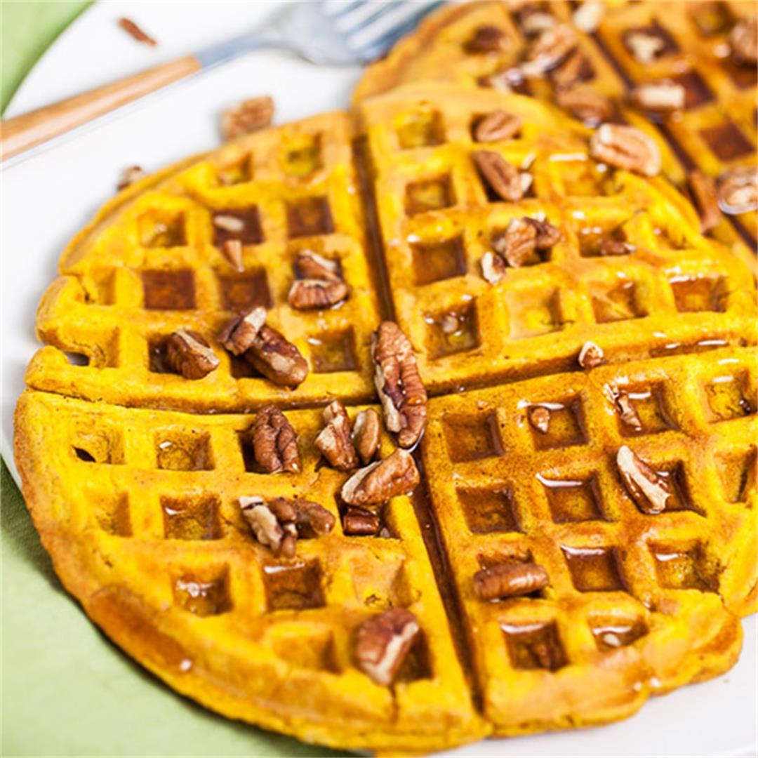 Easy Homemade Pumpkin Waffles
