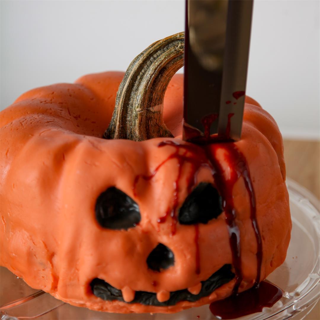 Halloween Pumpkin Cake