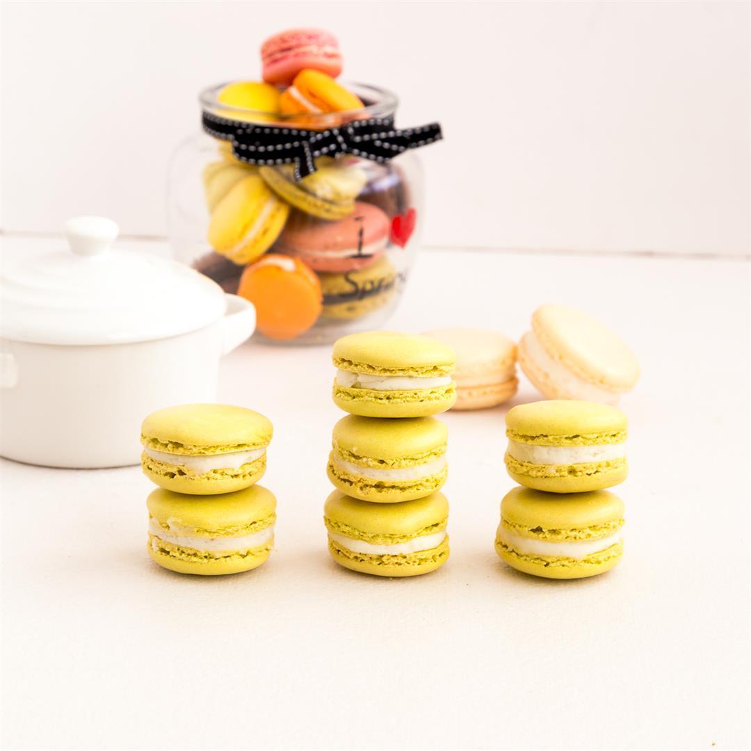 Matcha Macarons aka Green Tea French Macarons