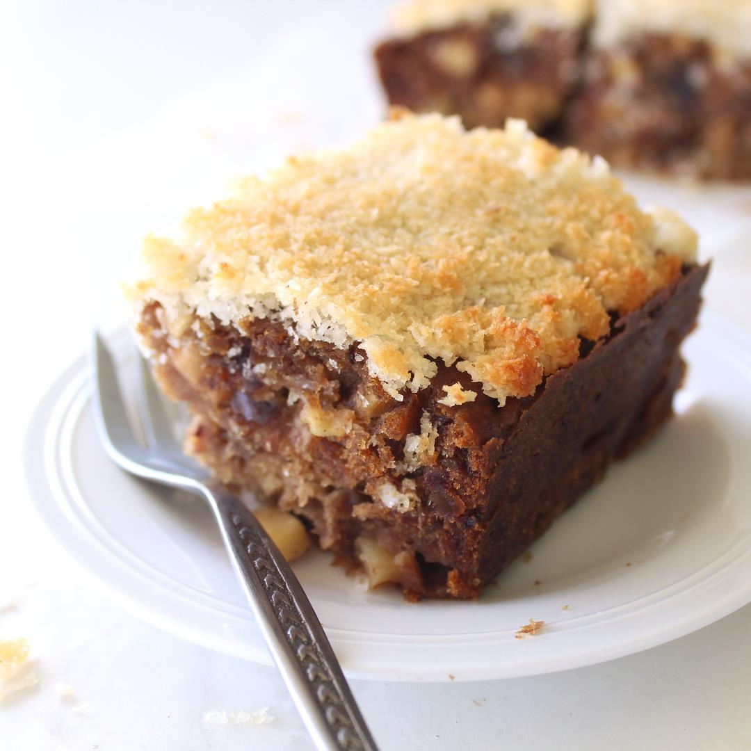 Sugar Free Apple Date Cake With Coconut Topping