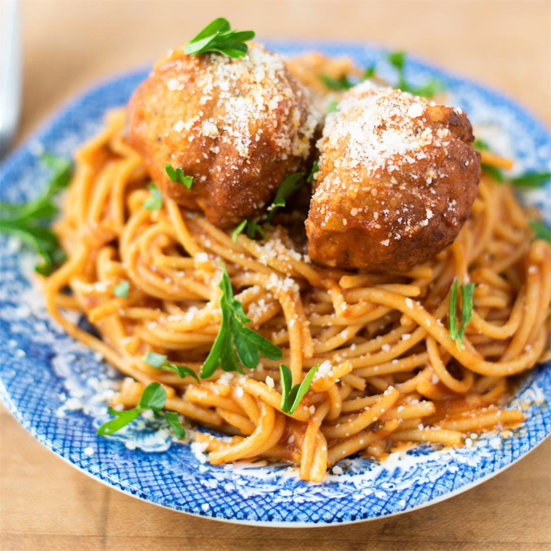 Easy Crockpot Spaghetti and Meatballs