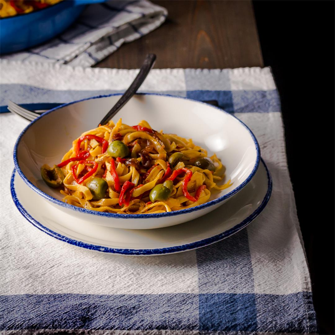 Roasted Red Pepper Pasta & Olives
