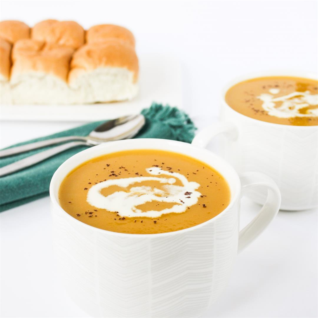 Super simple 5-ingredient vegetable soup