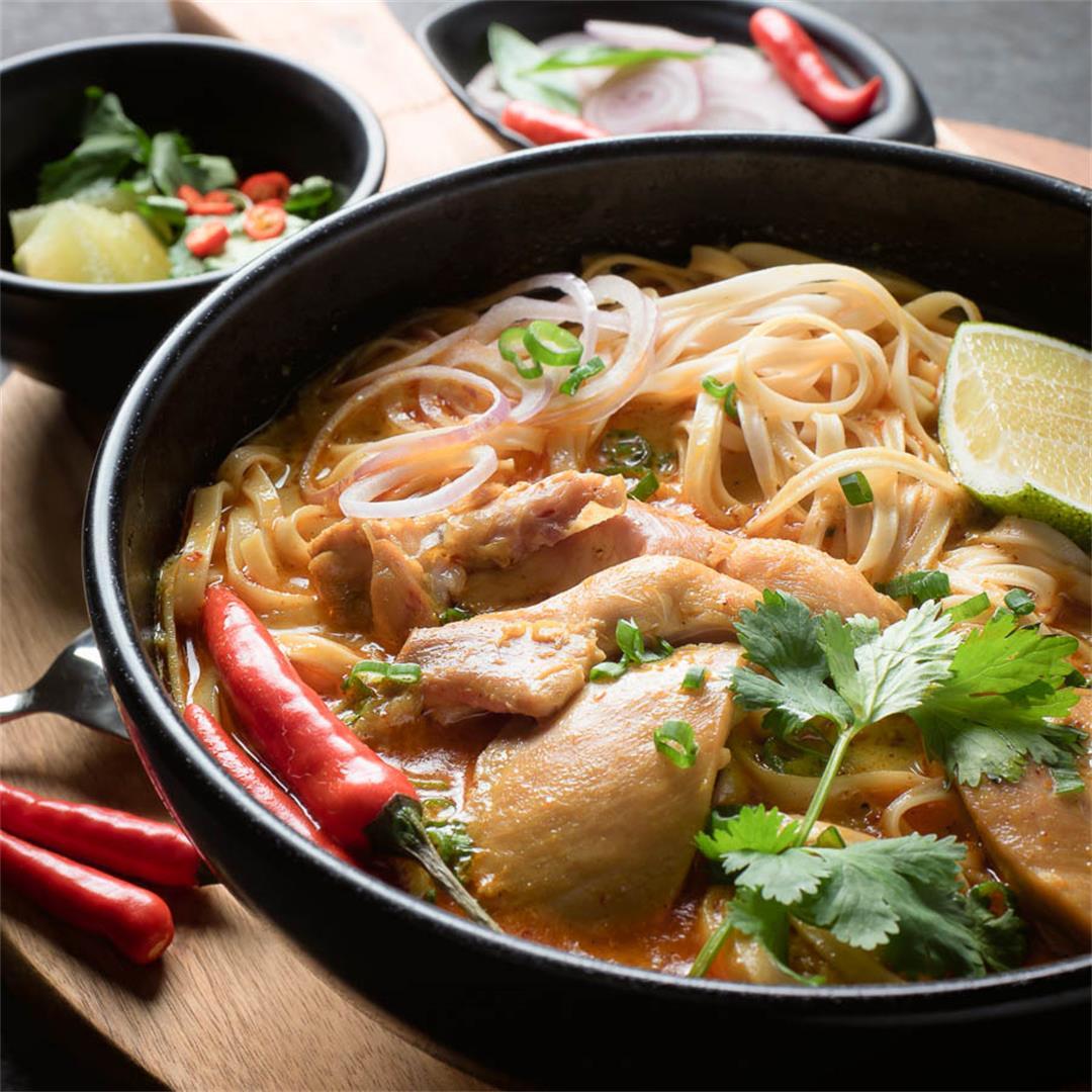 Thai chicken khao soi - Chiang Mai noodles