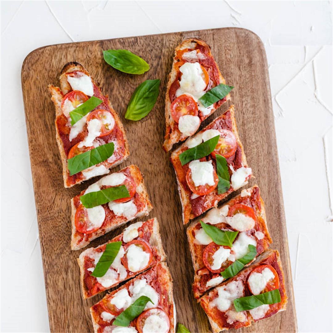 Quick Baguette Pizza