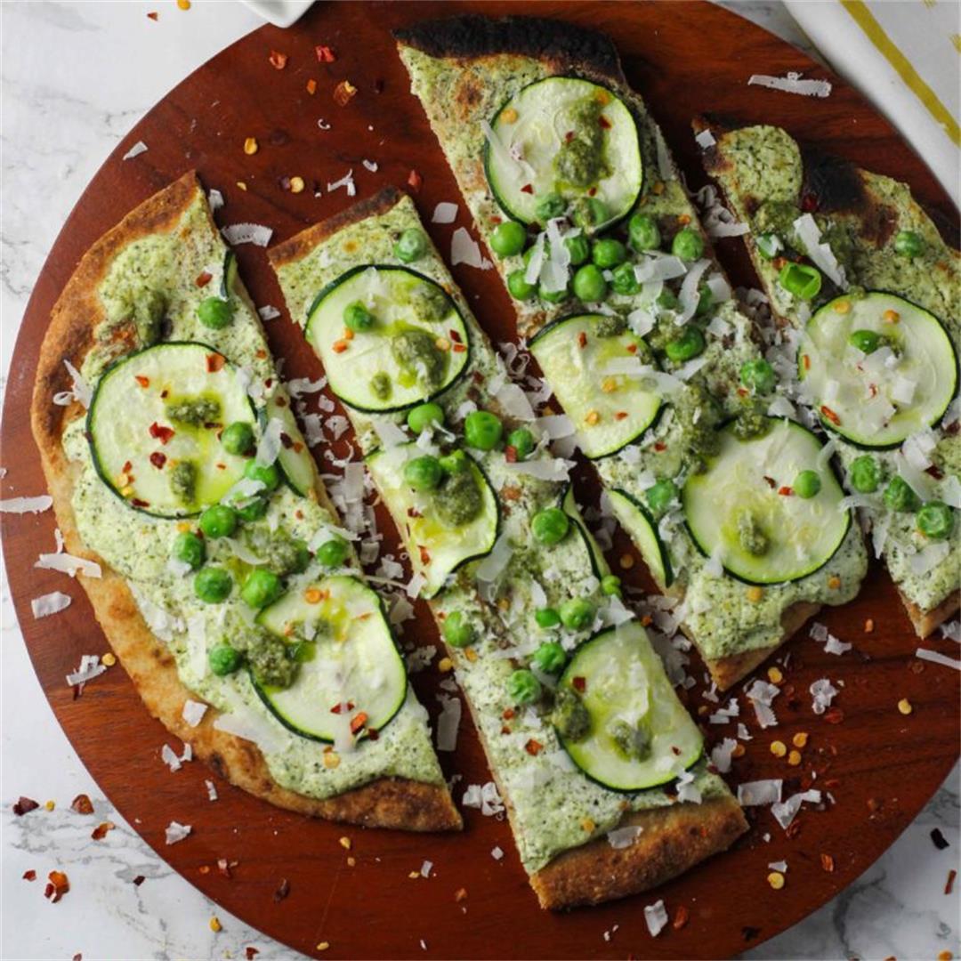 Veggie Naan Pizzas