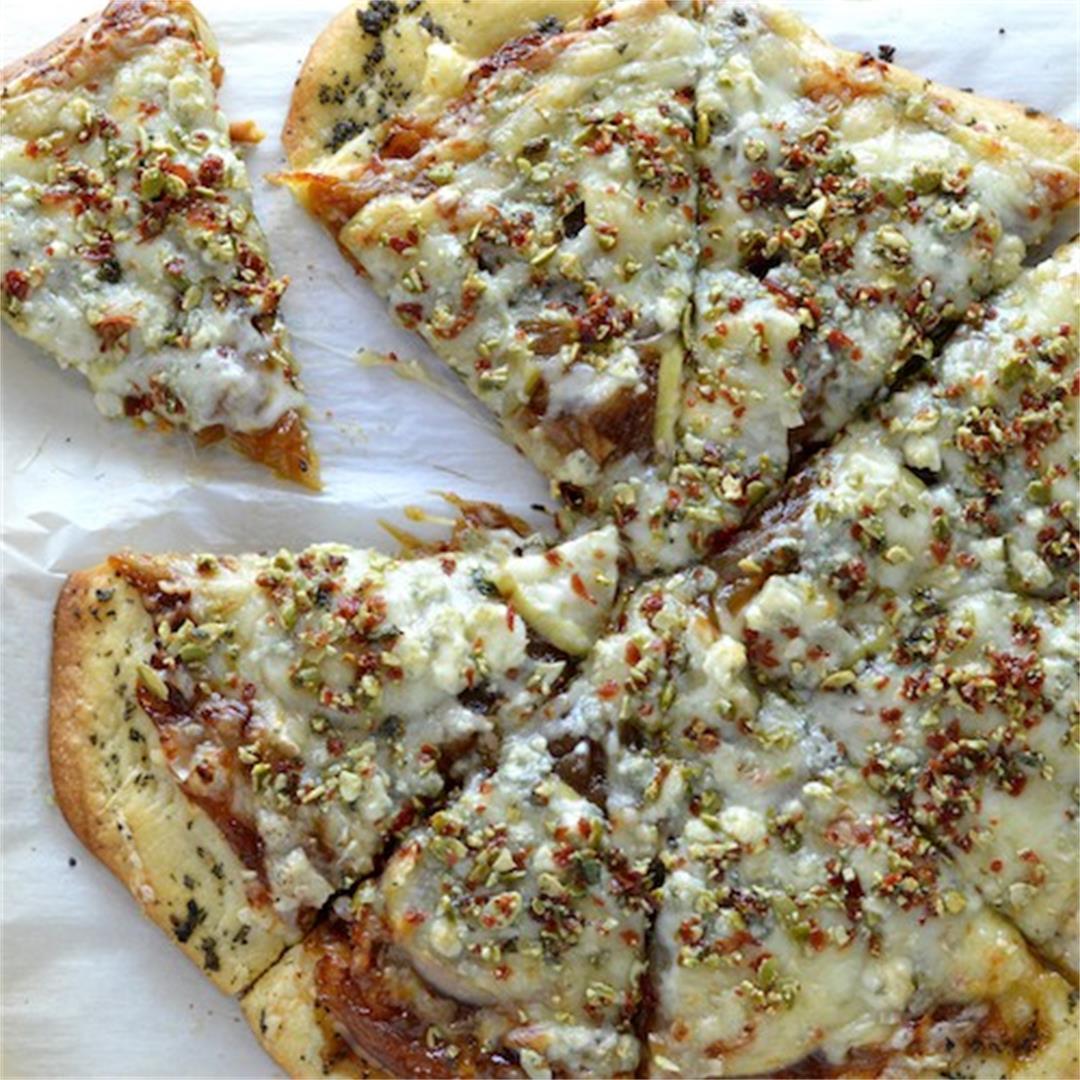 Apple Prosciutto Pizza