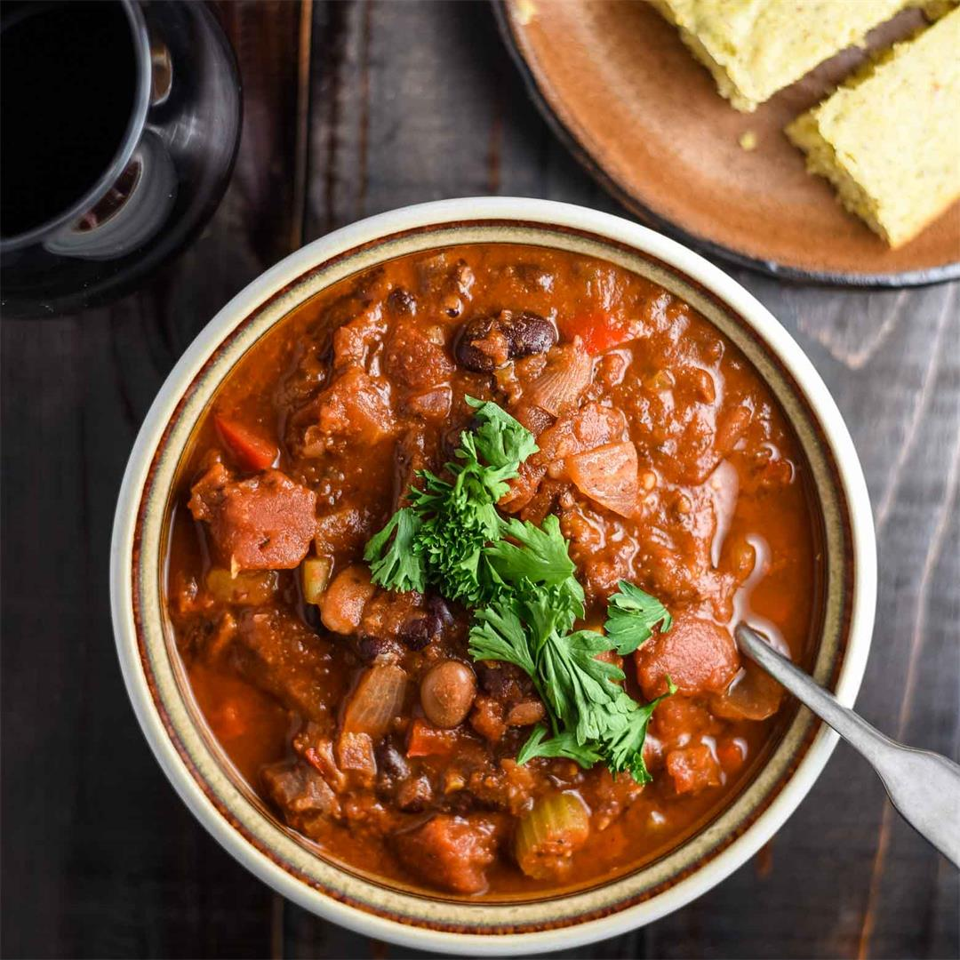 Hearty Vegan Chili