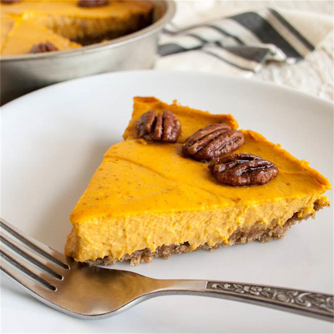 Creamy Vegan Pumpkin Cheesecake