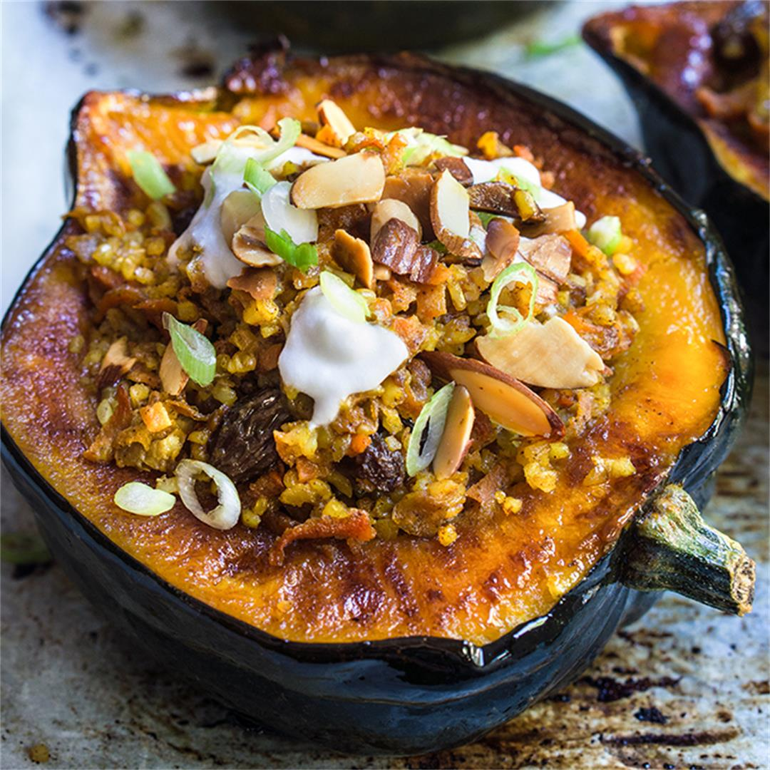 Stuffed acorn squash with bulgur pilaf