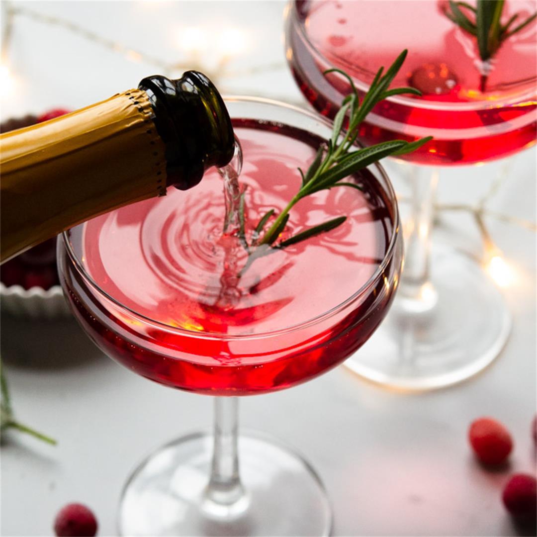 Santa's Spritz Christmas Cocktail
